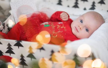 Schenken Sie sich das schönste Weihnachtsgeschenk. Vereinbaren Sie Ihren Termin für die Eintrittskonsultation und erhalten Sie eine Ermäßigung von 15%.